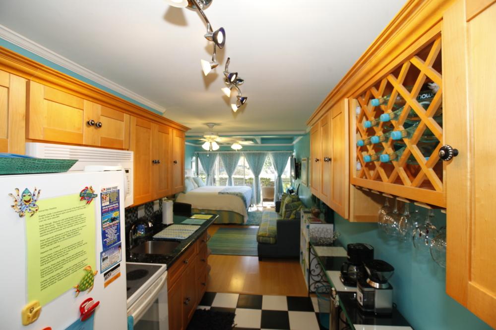 2 kitchen 4