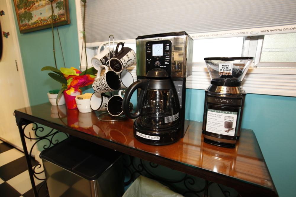 20 Coffee Center