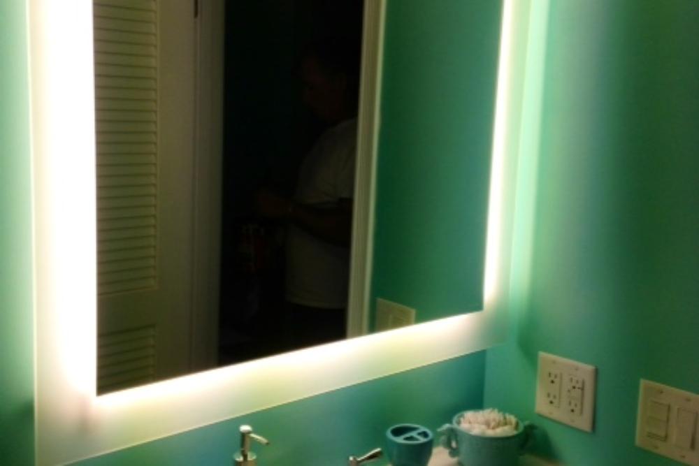 22 bath mirror